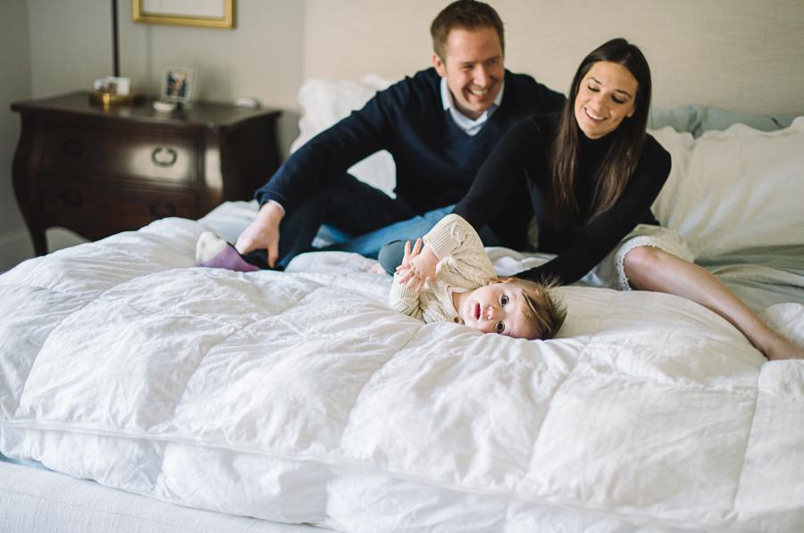 03 baby family lifestyle photos in home dallas texas